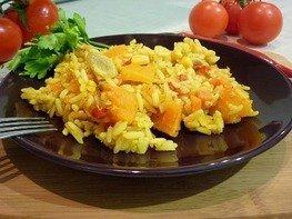 Пряный рис с тыквой и овощами