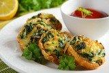 Тарталетки с лососем и шпинатом