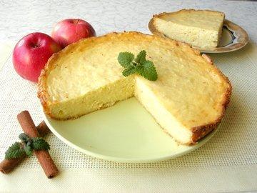 Творожная запеканка с яблоками и без муки
