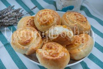 Дрожжевые булочки с сыром - шаг 11