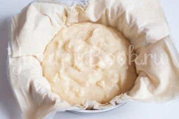 Пирог с заварным кремом и яблоками - шаг 10