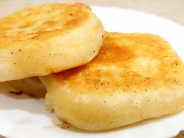 Лепёшки с сыром Сулугуни